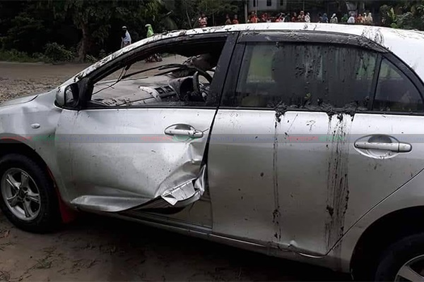 Husband, wife among 3 killed as car plunges into ditch in Comilla