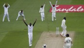 Holder takes six as England slump in first Test