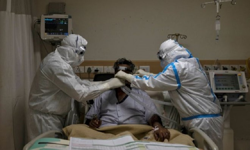 The struggle to keep India's Covid-19 patients breathing