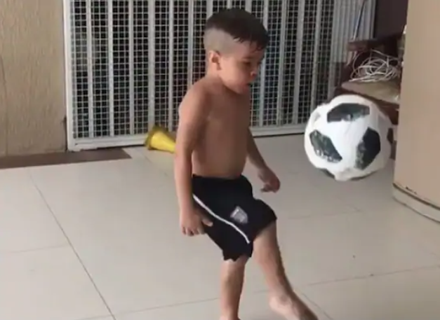 Harbhajan Singh shares video of young boy doing kick-ups
