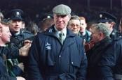 Former England World Cup winner Jack Charlton dies