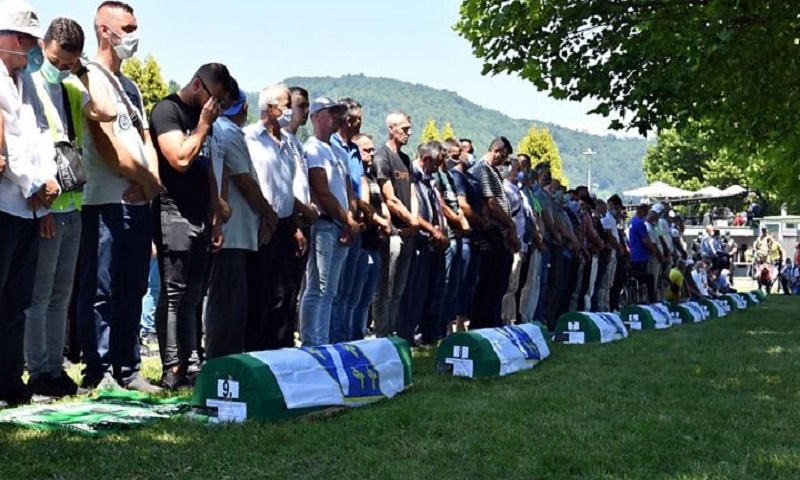 Bosnia marks 25 years since Srebrenica massacre