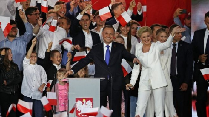 Poland's Duda narrowly beats Trzaskowski in presidential vote