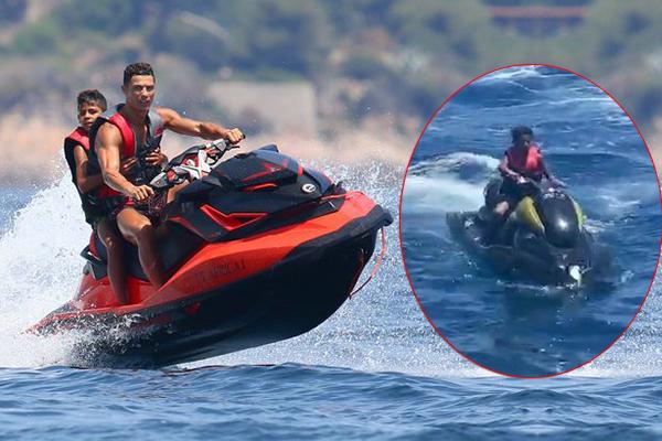 Police investigating Ronaldo's 10-yr-old son's riding jet ski alone