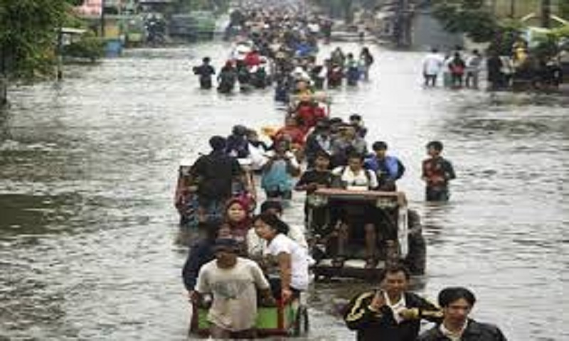 Floods and landslides in Indonesia:  Death toll climbs to 21, several missing