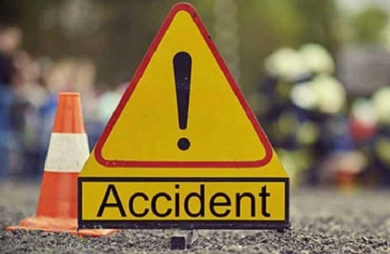 Road crashes kill 2 in city