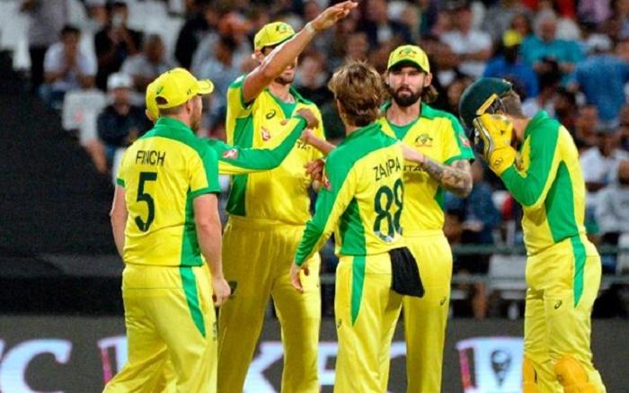 Uncapped trio in Australia squad for potential England tour