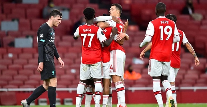 Van Dijk takes the blame as Arsenal end Liverpool's record bid