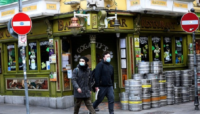 Virus kills 13pc of Spanish bars, hotels and restaurants