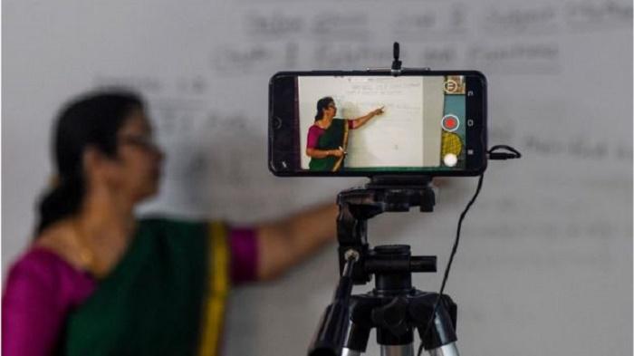 India coronavirus: Online classes expose extent of digital divide