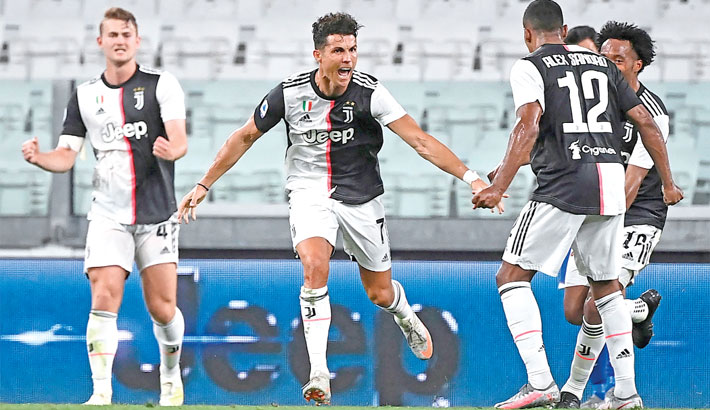 Juve clinch ninth Serie A title in a row