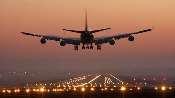 India extends ban on international flights till August 31