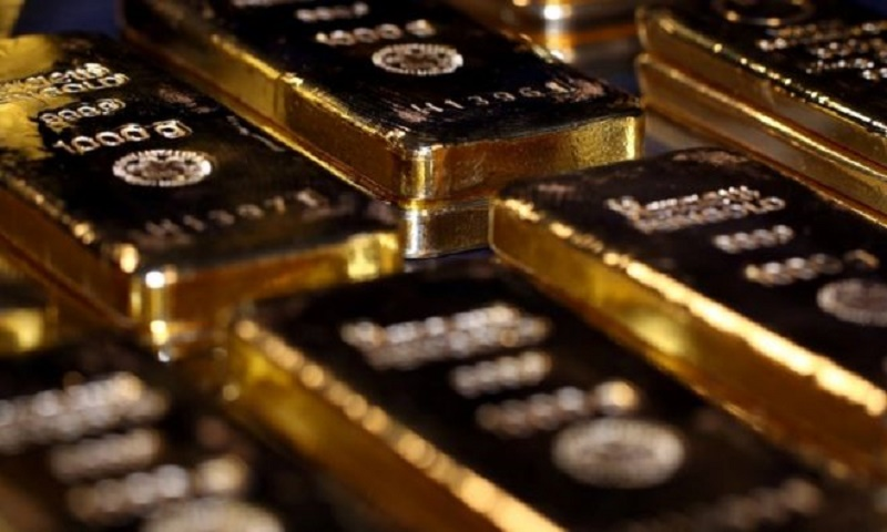 Gold price rises above $2,000 for first time ever