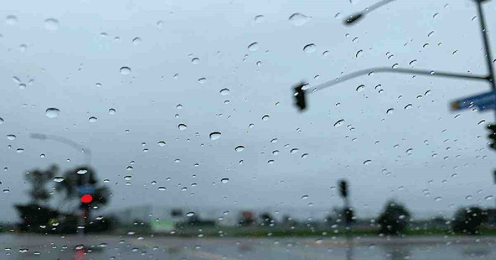 Met office predicts light to moderate rain or thundershowers