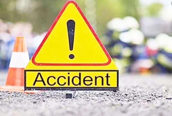 Couple killed as bus rams motorcycle in Manikganj