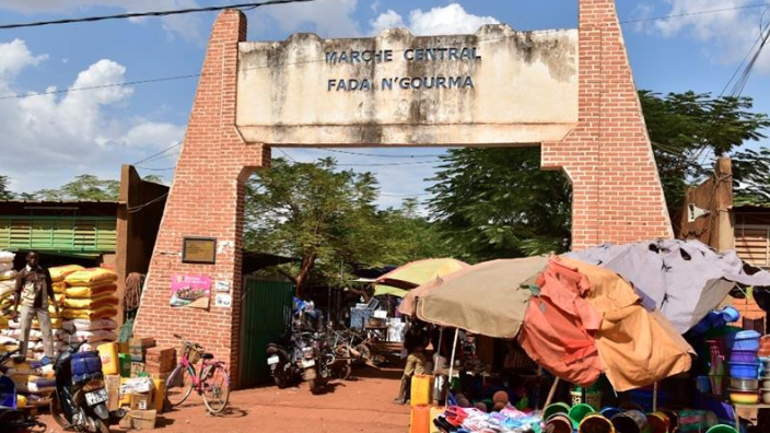 Gunmen kill  20 people in attack in Burkina Faso