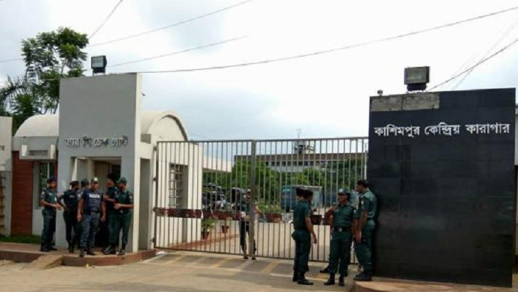 Two more prison guards suspended