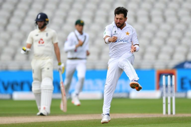 Stokes gives England hope in first Test after Yasir shines for Pakistan