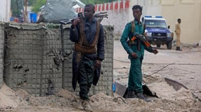 Eight soldiers killed by al-Shabab suicide bomber in Mogadishu