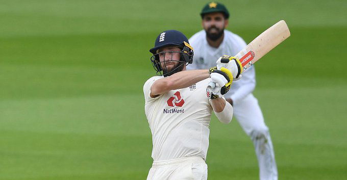 Woakes leads England to stunning win over Pakistan in first Test