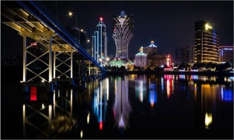 Coronavirus: World's biggest gambling hub in Macau reopens for business