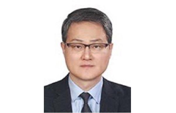 New South Korean Ambassador Lee Jang-keun, presents credentials to the President