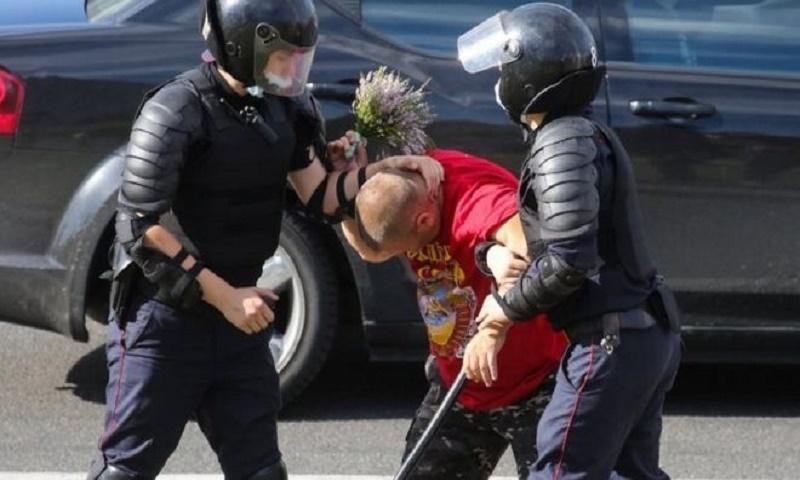 Second Belarus protester dies as UN sounds alarm