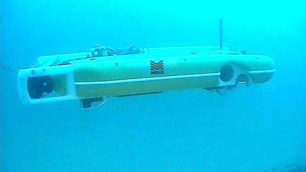 Robots go their own way deep in the ocean