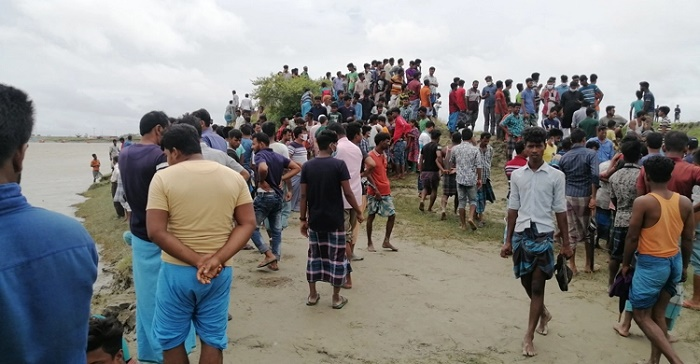 3 tourists go missing in Feni river