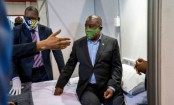 Coronavirus: South Africa eases lockdown as 'outbreak reaches peak'