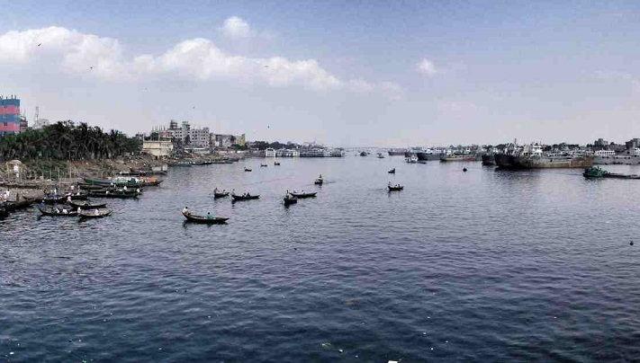 Unidentified body recovered from Buriganga