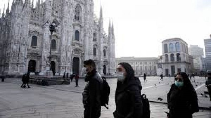 Italy shuts discos, orders mask wearing at night in public