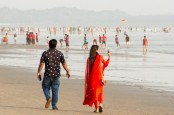 Cox's Bazar sea beaches, hotels host tourists from today
