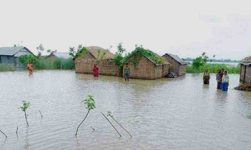 Flooding damages 5,000 educational institutions