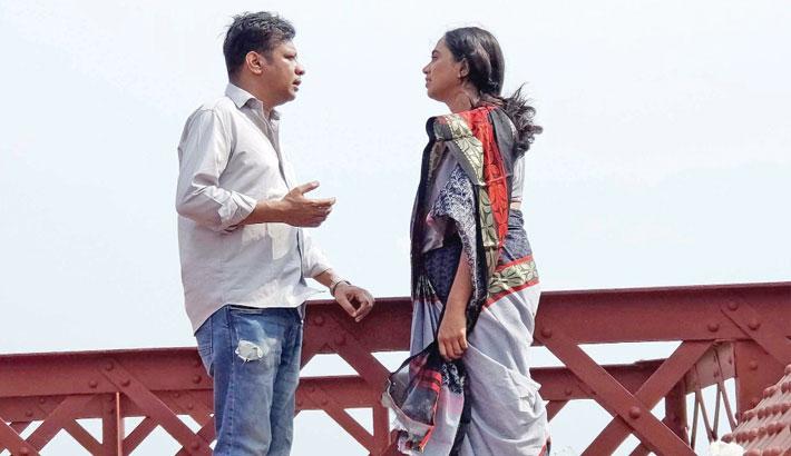 Dinar, Jui star in 'Biplobi Othoba Ekjon Premika'