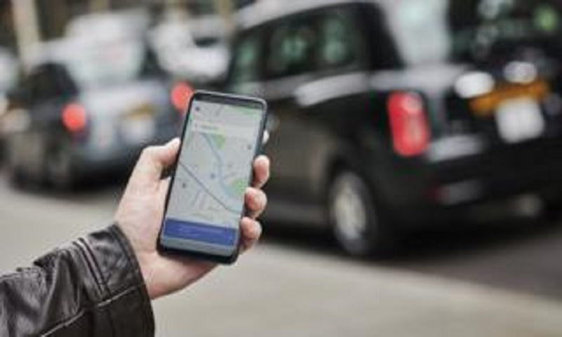 Uber pledges all-electric fleet by 2040