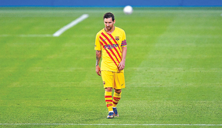 Messi plays 45 minutes in Barca friendly