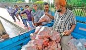 TCB starts selling onion at Tk 30 a kg