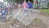 Footpath railings lie damaged near GPO in the capital's Gulistan area
