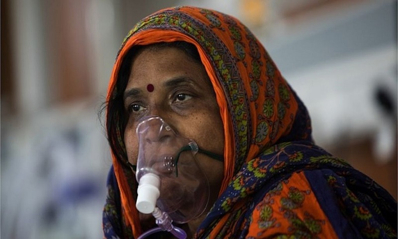 Coronavirus: India faces oxygen scarcity as cases surge