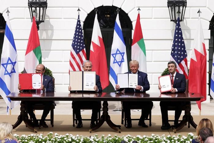 Israel establishes full ties with Bahrain, UAE at White House