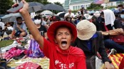 Thailand protests: Thousands gather for mass anti-government rally