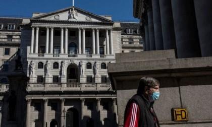 Rising virus rates threaten economy, warns Bank of England