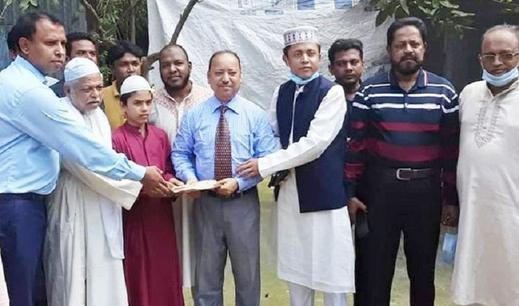 Grants to the family of muezzin killed in N'ganj mosque blast