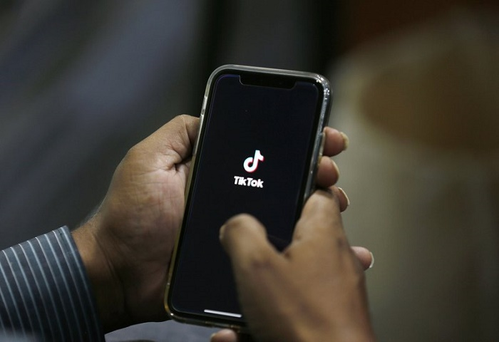 Trump backs proposed deal to keep TikTok operating in US