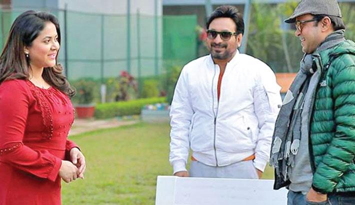 Drama serial 'Ananda Vromon'