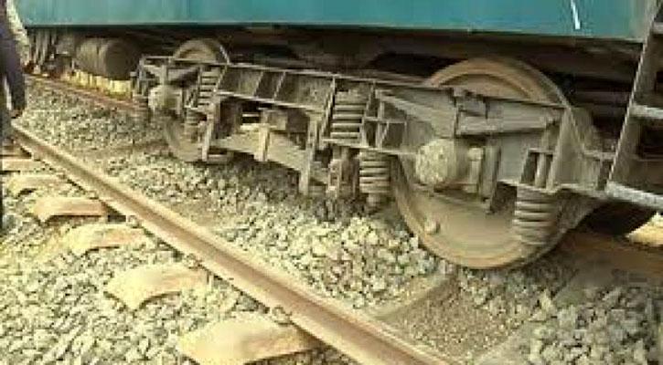Dhaka's rail communication with Narayanganj snapped