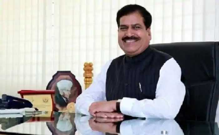 Indian junior railway minister dies of Covid-19