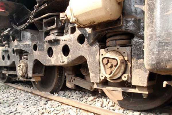 Dhaka-N'ganj train service snapped again