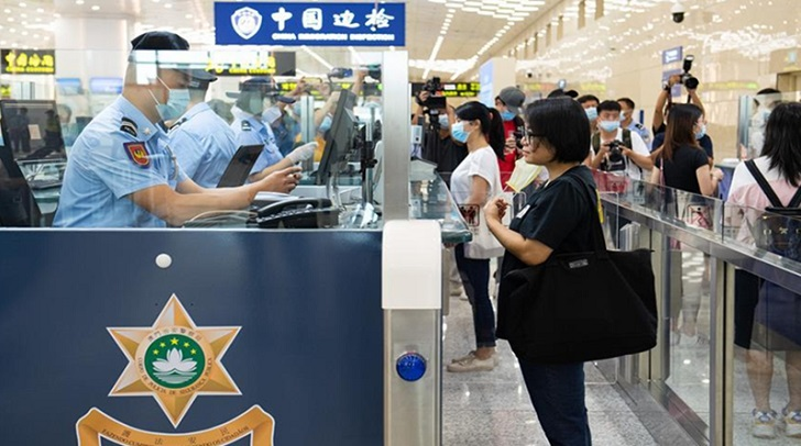 China allows residence permit holders to entry from Sep 28